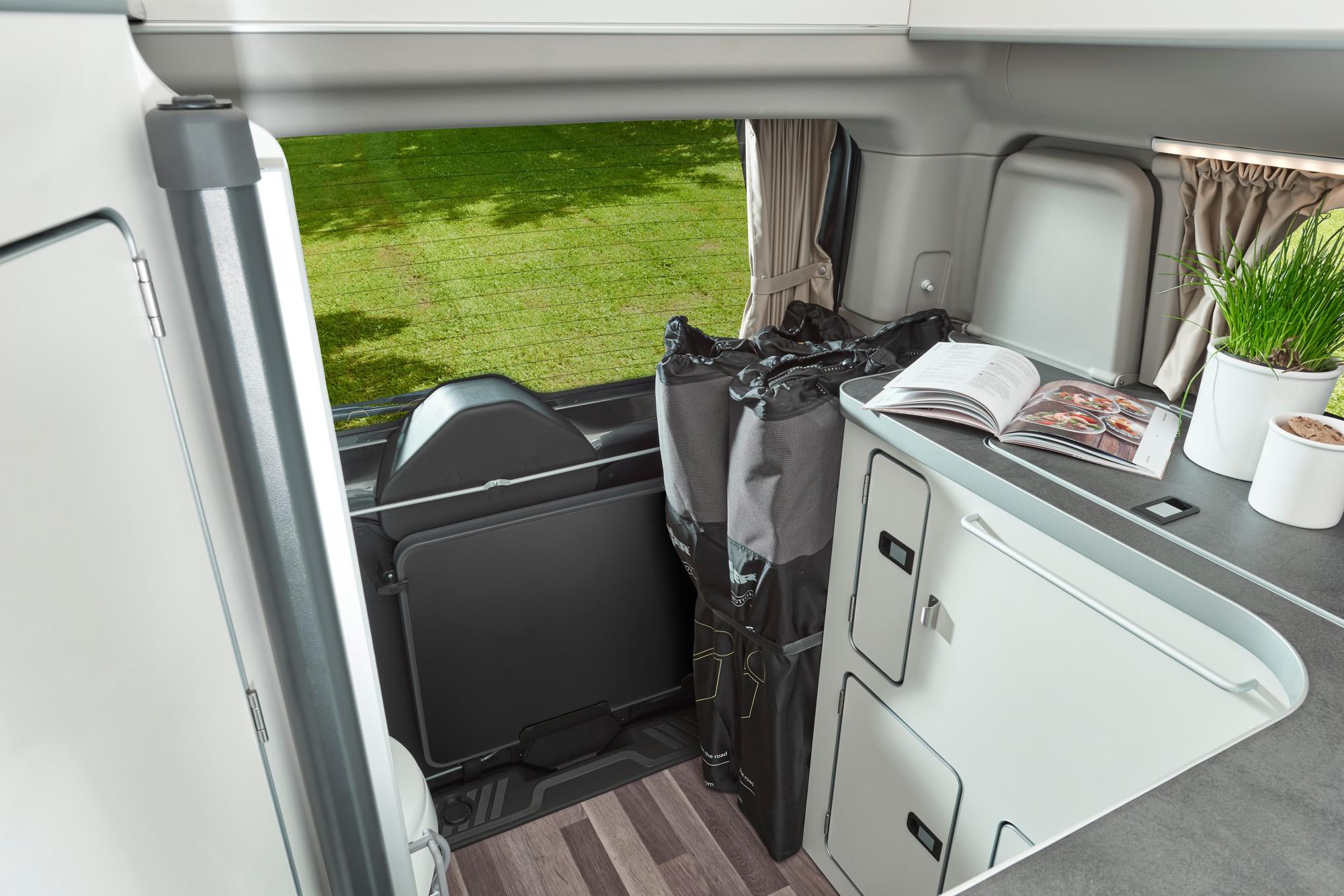 ford nugget plus. Black Bedroom Furniture Sets. Home Design Ideas
