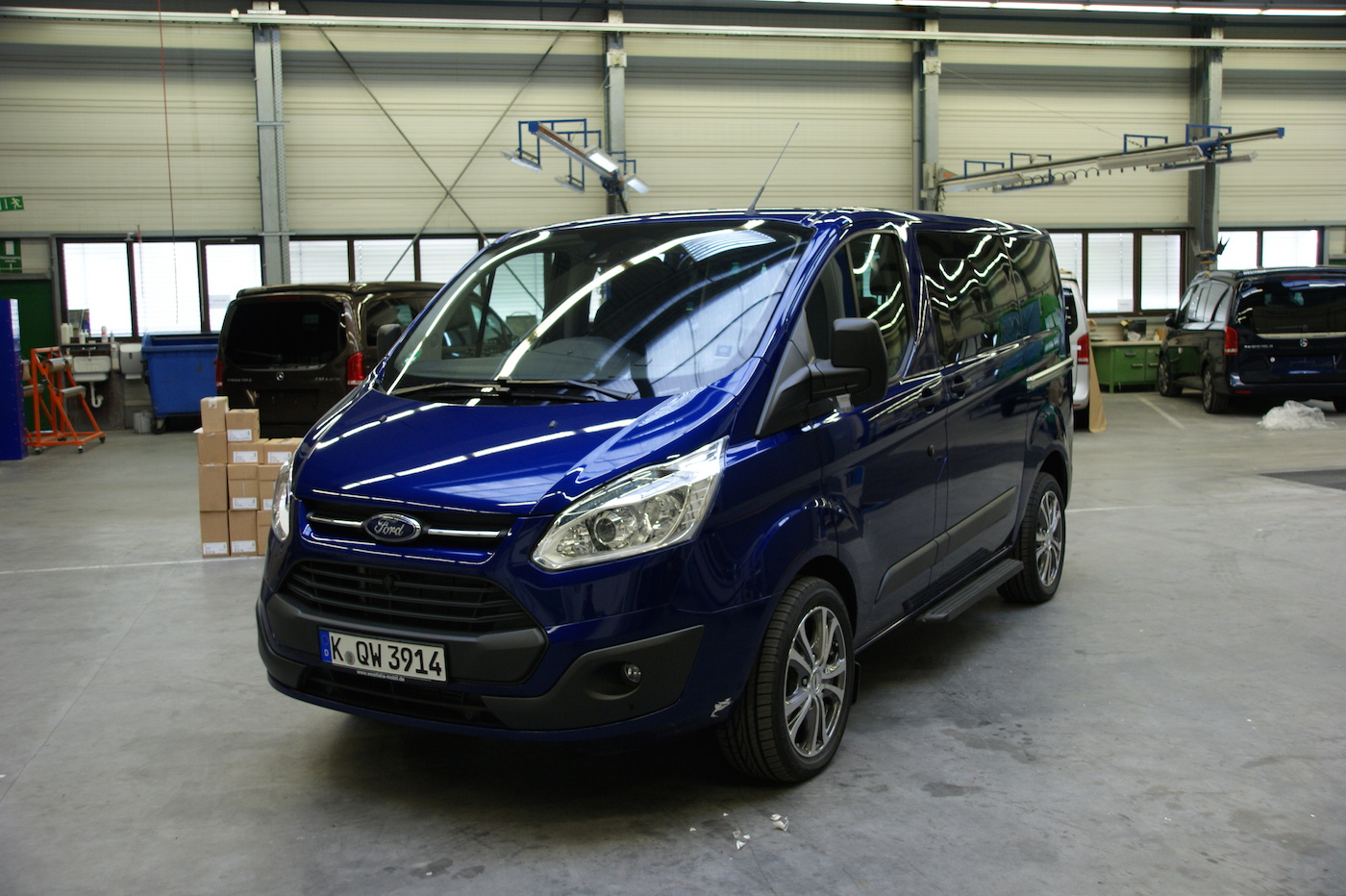 ford transit custom euroline. Black Bedroom Furniture Sets. Home Design Ideas
